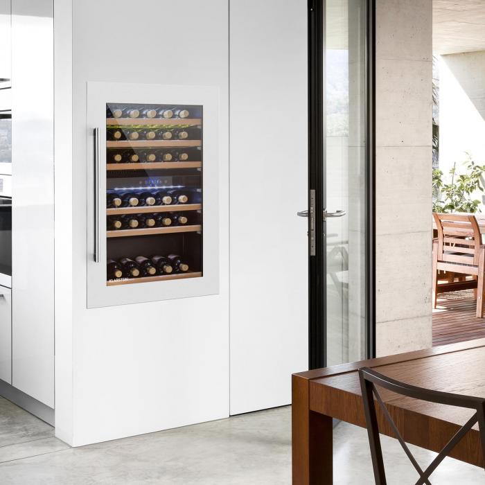 Vinsider 35D Built in Wine Refrigerator 128 Litres 41