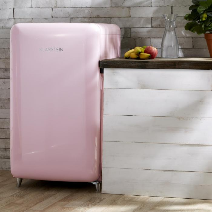 popart pink retro refrigerator a 108 l 13 l freezer. Black Bedroom Furniture Sets. Home Design Ideas